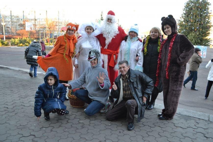 На левобережье Днепродзержинска открылась районная новогодняя елка, фото-8
