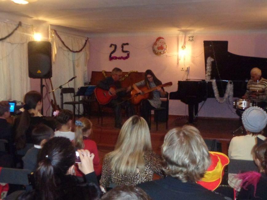 Большой джаз в маленьком городе: в музыкальной школе Красноармейска завершился 25-й «Джазовый фестиваль» (фото) - фото 11