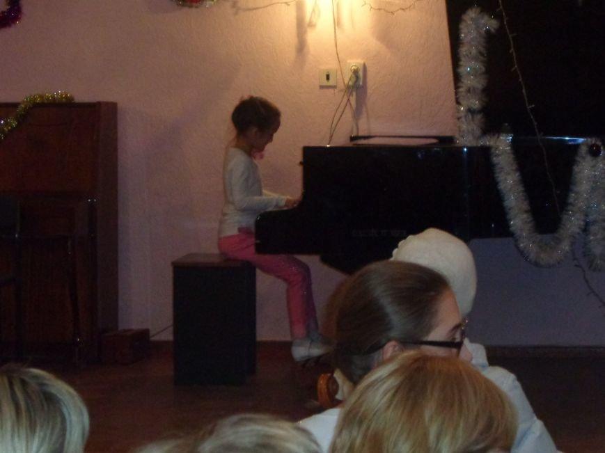 Большой джаз в маленьком городе: в музыкальной школе Красноармейска завершился 25-й «Джазовый фестиваль» (фото) - фото 6