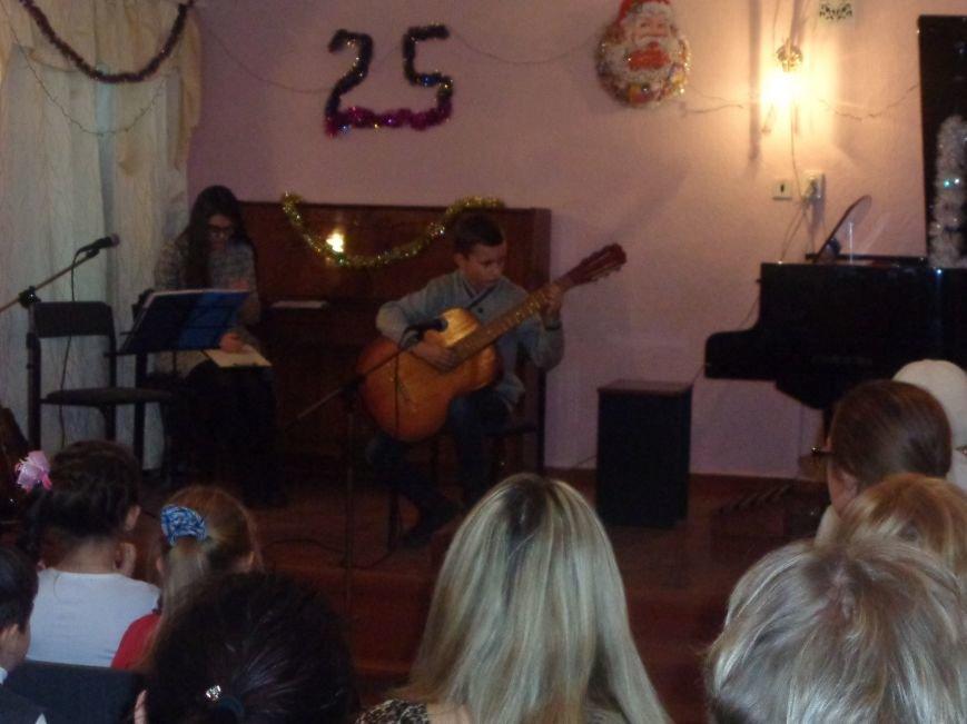 Большой джаз в маленьком городе: в музыкальной школе Красноармейска завершился 25-й «Джазовый фестиваль» (фото) - фото 5