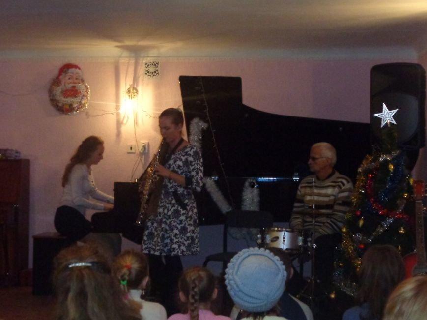 Большой джаз в маленьком городе: в музыкальной школе Красноармейска завершился 25-й «Джазовый фестиваль» (фото) - фото 14