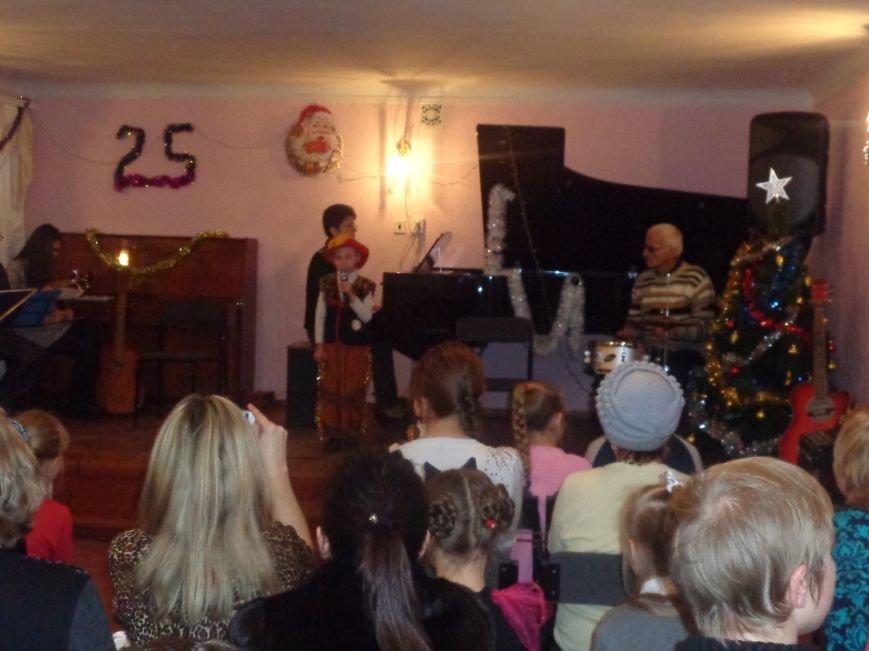 Большой джаз в маленьком городе: в музыкальной школе Красноармейска завершился 25-й «Джазовый фестиваль» (фото) - фото 12