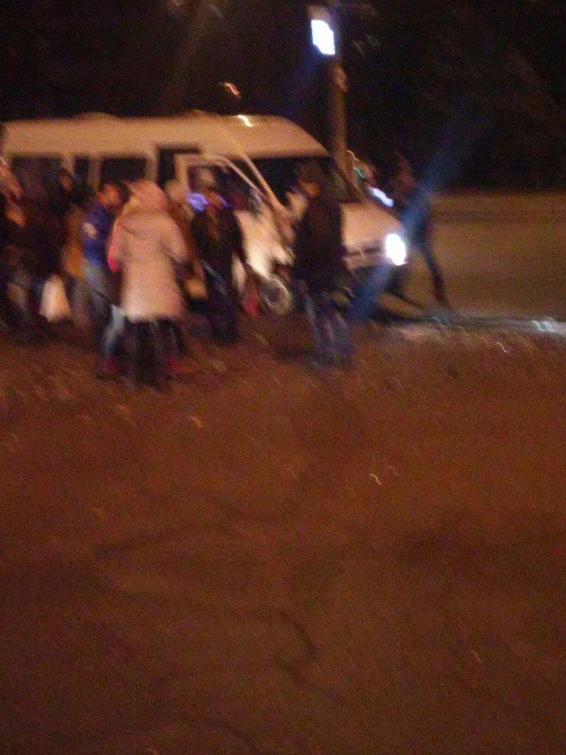 ДТП в Кривом Роге: в маршрутку с пассажирами