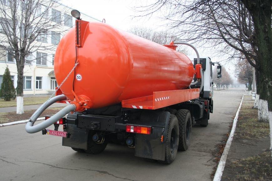 Кременчугские вакуумные ассенизаторы КрАЗ отправились чистить Днепропетровск, фото-3