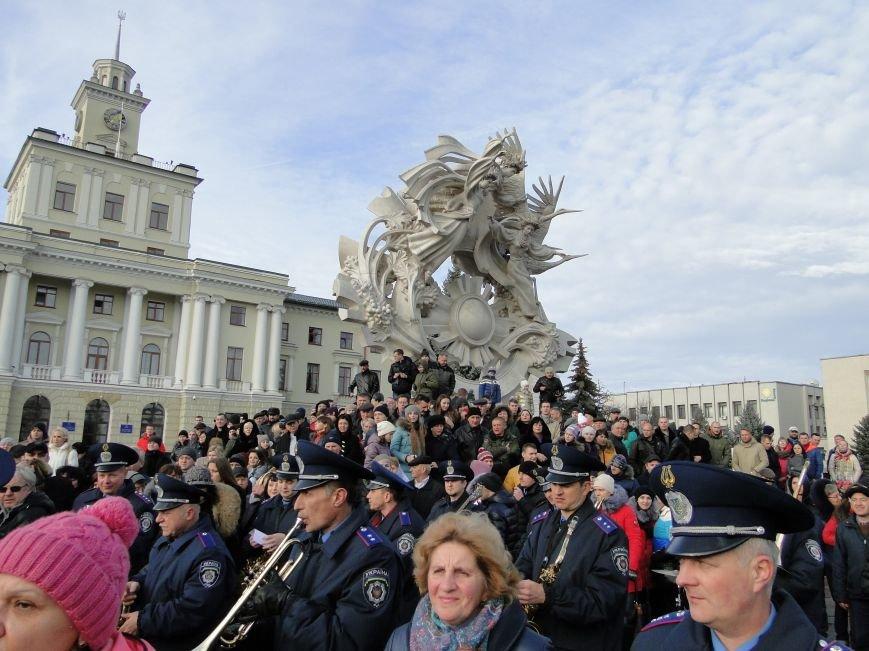 Нова поліція сьогодні присягнула служити громаді Хмельницького (Фото, відео) (фото) - фото 6