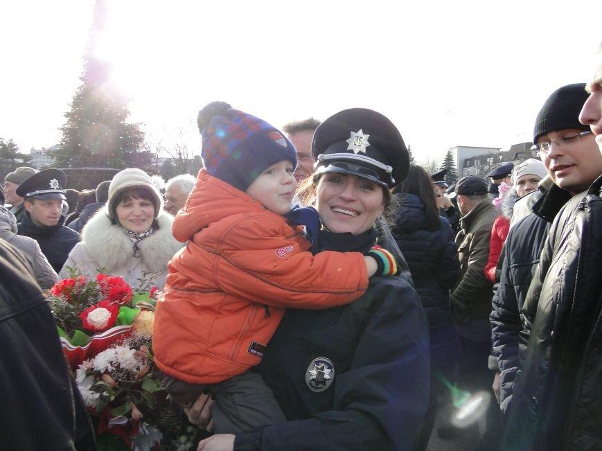 Нова поліція сьогодні присягнула служити громаді Хмельницького (Фото, відео) (фото) - фото 7