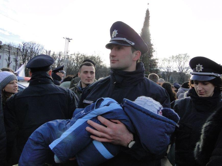 Нова поліція сьогодні присягнула служити громаді Хмельницького (Фото, відео) (фото) - фото 8