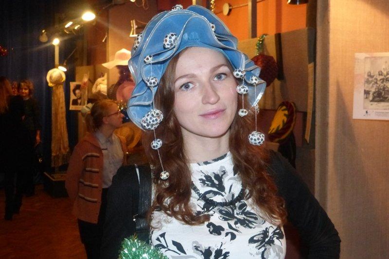 Проект «Арт-Елка». Сыктывкарцам покажут разные шляпки из истории и современности (фото) - фото 3