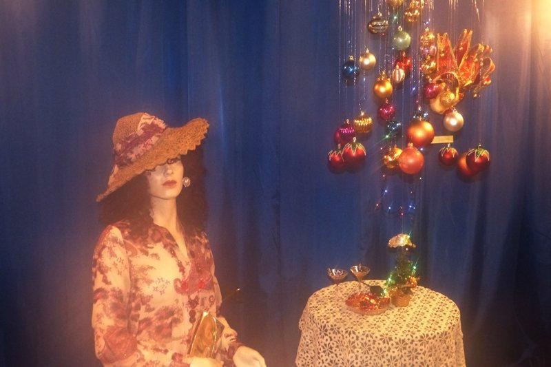 Проект «Арт-Елка». Сыктывкарцам покажут разные шляпки из истории и современности (фото) - фото 1