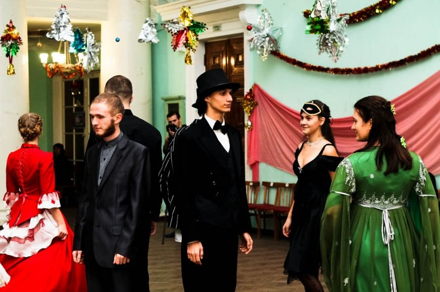 В Кременчуге состоялся Рождественский бал-маскарад (ФОТО), фото-2
