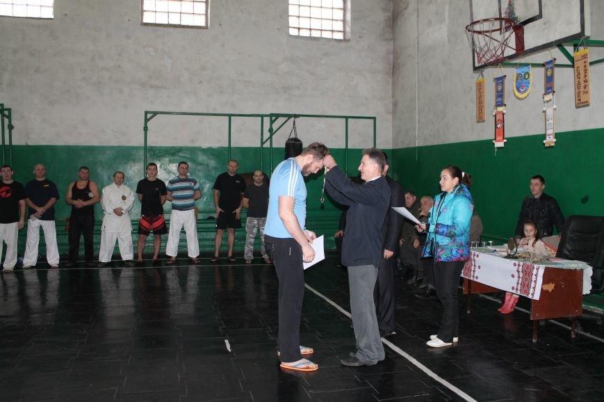 В Артемовске-Бахмуте выяснили отношения СИЗО и полиция, фото-7