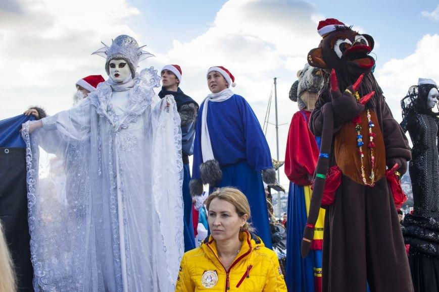 В Ялте в шестой раз прошел Мороз-Парад, фото-3