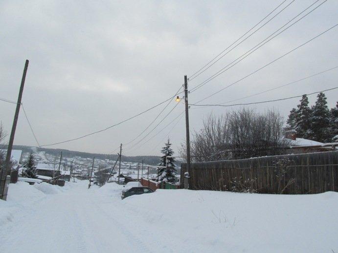 Косой Брод и днем живет с включенными фонарями (фотофакт) (фото) - фото 1