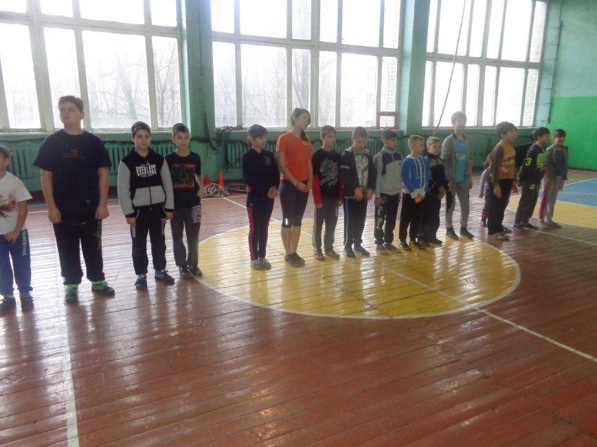 Сегодня в Красноармейске для детей переселенцев состоялись «Веселые старты» (фото) - фото 14