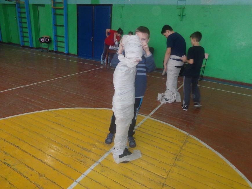 Сегодня в Красноармейске для детей переселенцев состоялись «Веселые старты» (фото) - фото 12