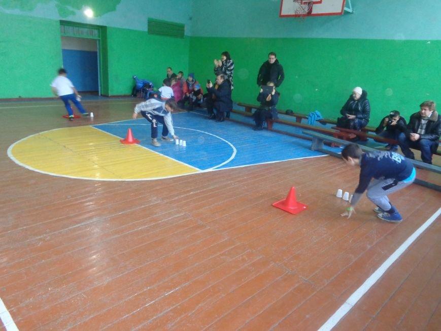 Сегодня в Красноармейске для детей переселенцев состоялись «Веселые старты» (фото) - фото 5