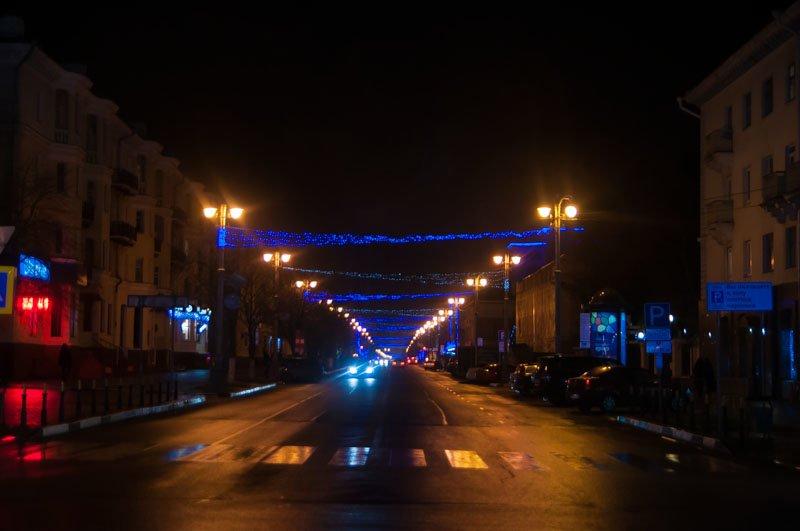 Предновогодний Белгород в огнях и ожидании снега (фото) - фото 6