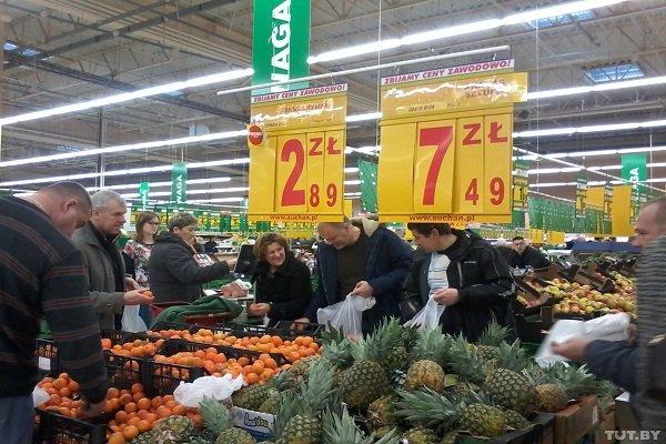 Топ-7 новостей Гродно за неделю: от дерзкой кражи из костела до бесплатной «Кока-Колы» в центре города (фото) - фото 7