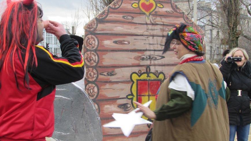 В северодонецком сквере Гоголя показали спектакль «Ночь перед Рождеством» (ФОТО), фото-6