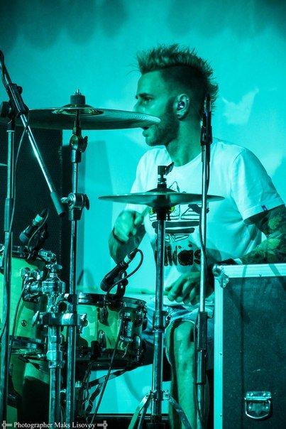 На концерте N**ZE MC в Днепропетровске выступали зрители (ФОТО, ВИДЕО) (фото) - фото 1