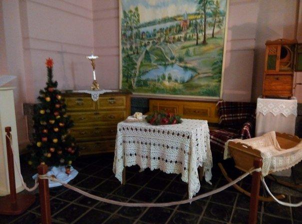 В Днепропетровске открылась выставка, где показано как праздновали Новый год в разное время (ФОТО) (фото) - фото 3