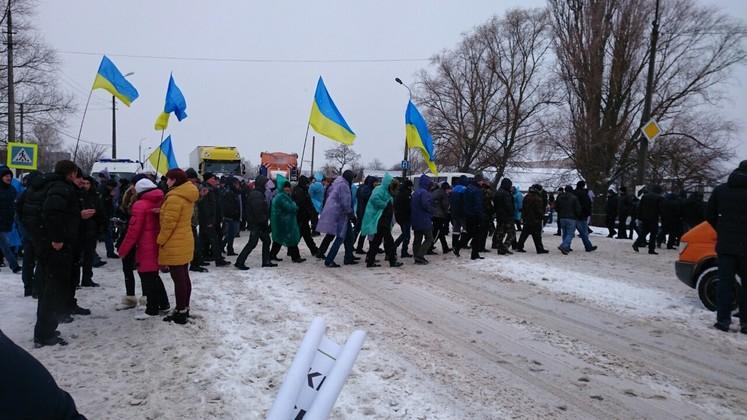 Фермеры блокируют трассу Чернигов - Киев (обновлено), фото-1