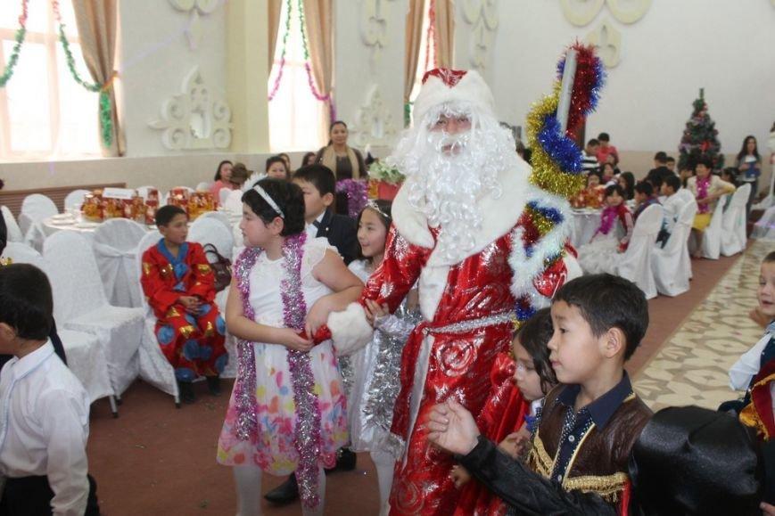 Новогодний праздник детям!, фото-5