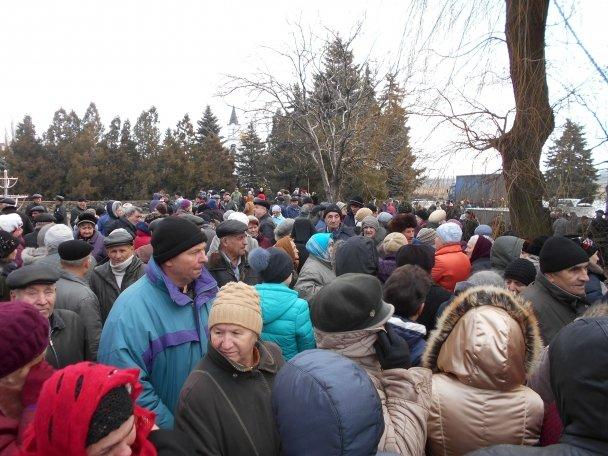 Продуктовая помощь для жителей Авдеевки (ФОТОРЕПОРТАЖ), фото-1