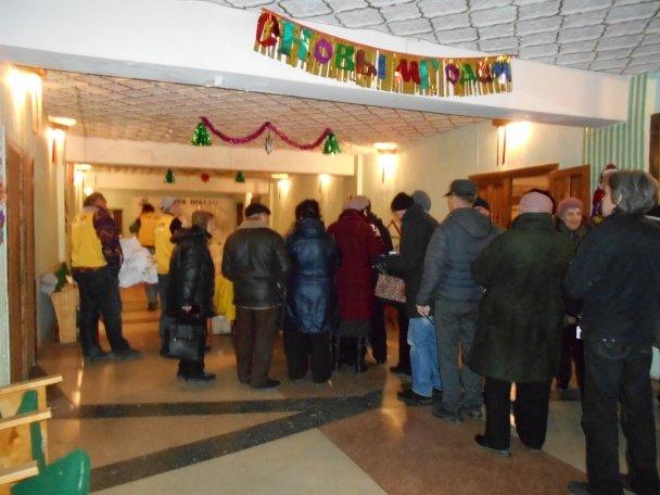 Продуктовая помощь для жителей Авдеевки (ФОТОРЕПОРТАЖ), фото-2