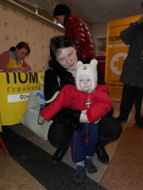 Продуктовая помощь для жителей Авдеевки (ФОТОРЕПОРТАЖ), фото-9