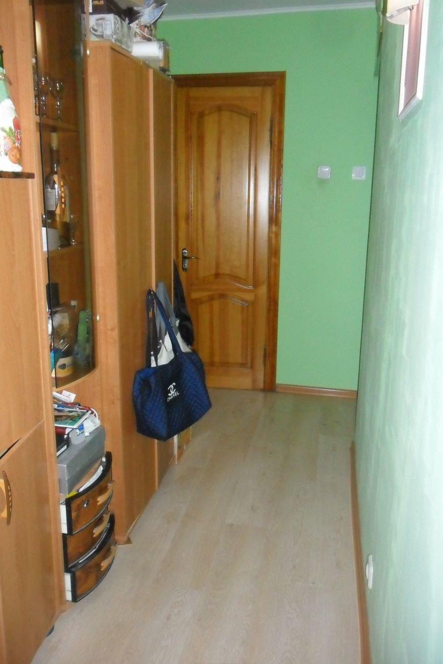 Кременчужанин поймал у себя в квартире пьяного вора-дилетанта (ФОТО), фото-1