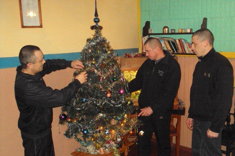 Как на Харьковщине отметили новый год в детсадах, школах и...тюрьмах (фото) - фото 2