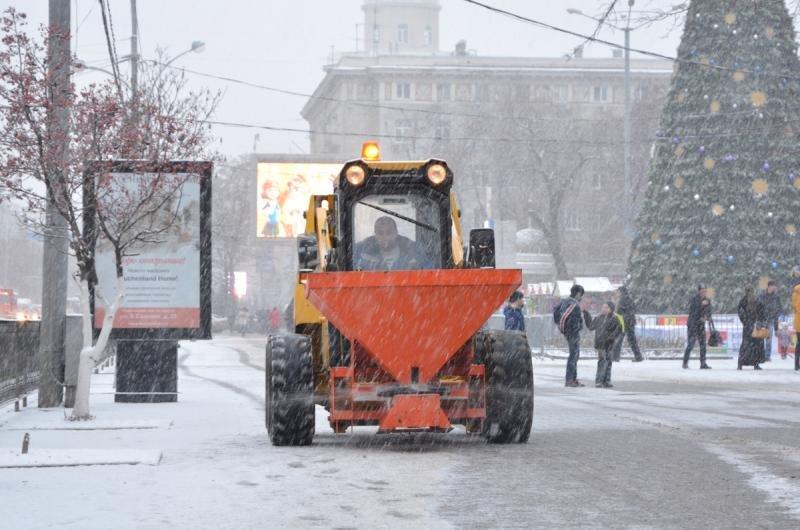 Ростов-на-Дону встал в 8-балльных пробках из-за снегопада, фото-2