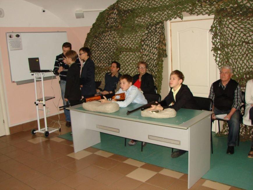 Пятиклассники из Пушкина соревновались в разборке АК-74 (фото) - фото 1