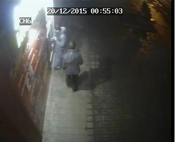 В Днепродзержинске двое неизвестных устроили поножовщину на проспекте Ленина (фото) - фото 1