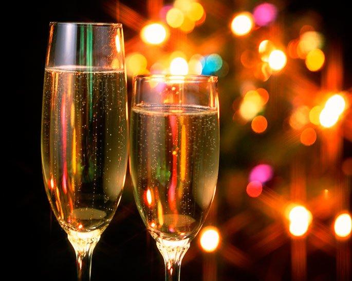 Мандарины, елка и очереди в магазинах: Без чего новополочане не представляют Новый год? (фото) - фото 3