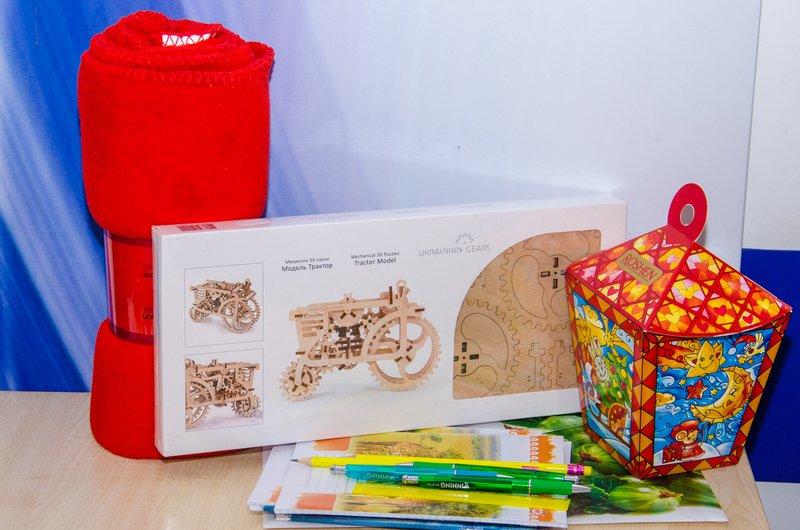 В Днепропетровске отправляют подарки детям бойцов АТО в разные уголки области (ФОТО) (фото) - фото 1