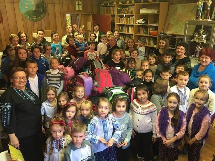 Українська молодь діаспори допомагає дітям хмельницьких бійців (Фото) (фото) - фото 1