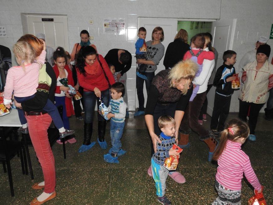 Детское отделение Ильичёвской бассейновой больницы посетил Валерий Хмельнюк (+фото) (фото) - фото 2