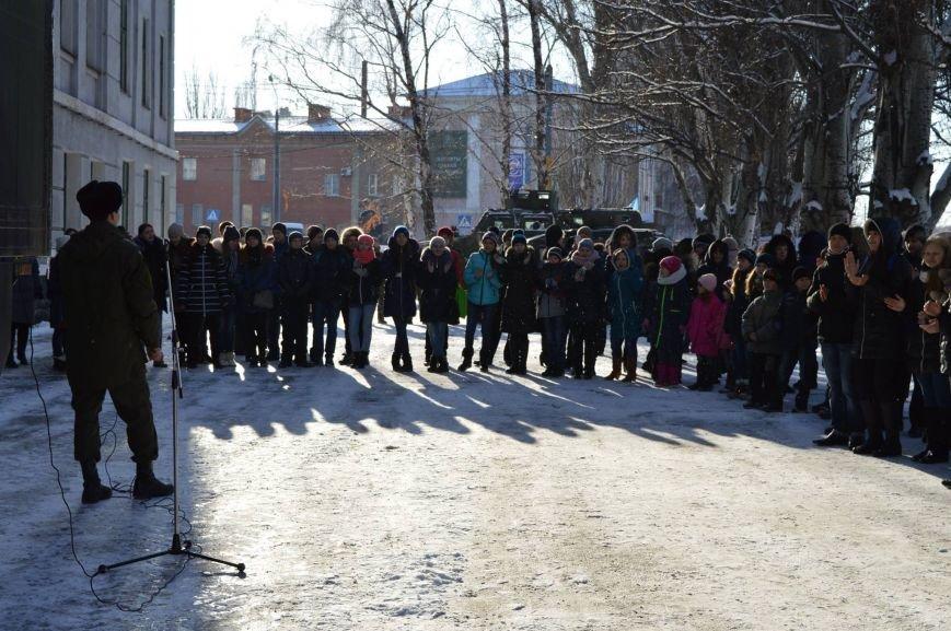 Бойцы Нацгвардии рассказали краматорским школьникам о своей службе, фото-8