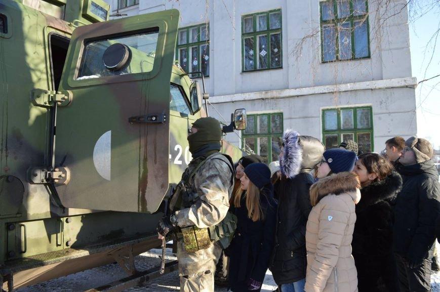 Бойцы Нацгвардии рассказали краматорским школьникам о своей службе, фото-5