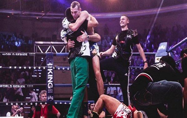 Гродненец сенсационно победил на престижном мировом турнире по тайскому боксу (фото) - фото 1