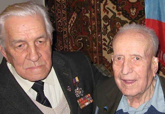 В Макеевке ветеранов поздравили с Новым годом (фото) - фото 1