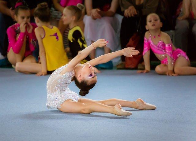 Семилетняя гимнастка из Павлограда завоевала серебро Международного турнира, фото-1