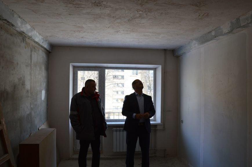Авдеевский КХЗ восстановил две наиболее повреждённые многоэтажки (ФОТО), фото-4