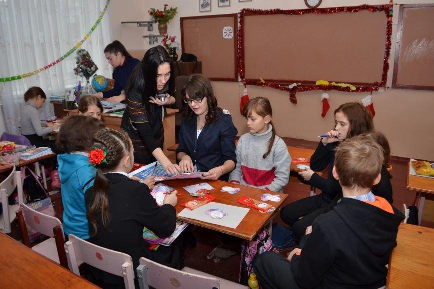 «Творить добро - это легко»: николаевские школьники поздравили подопечных из дома ребенка (ФОТО), фото-4
