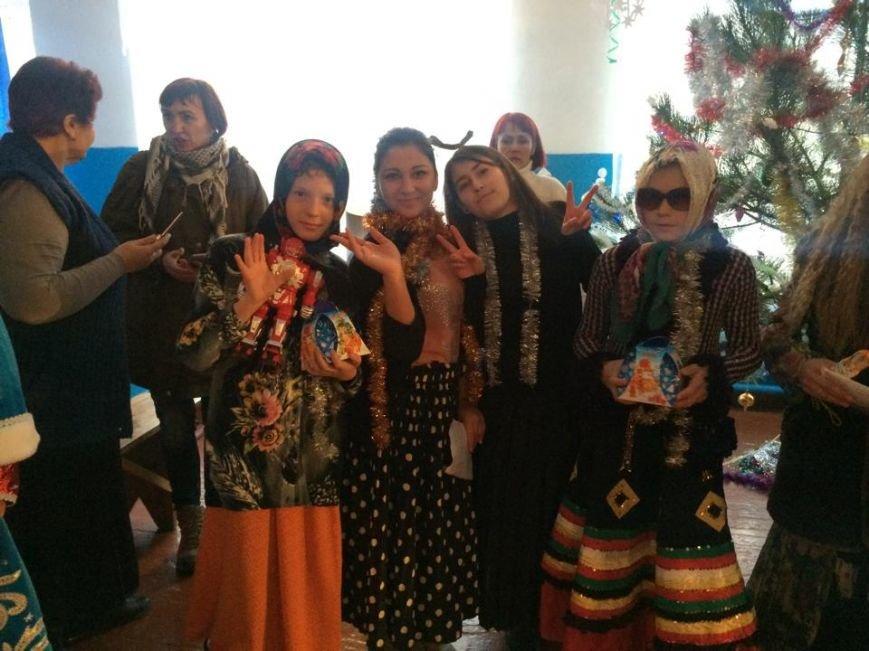 Волонтеров из Мариуполя, Киева и Беларуси четыре часа продержали на  блокпосту (ФОТО, ВИДЕО), фото-4