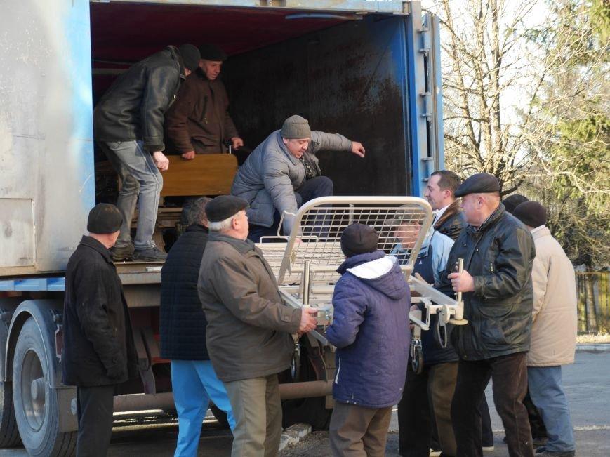 Тернопільська обласна лікарня завдяки «МРІЇ» отримала гуманітарний вантаж медичного обладнання (ФОТО) (фото) - фото 2