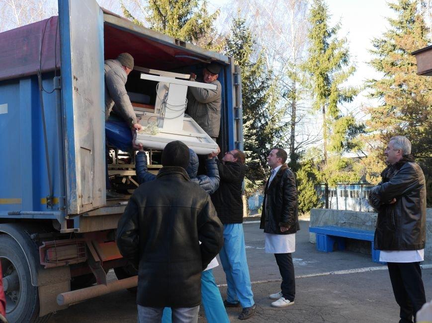 Тернопільська обласна лікарня завдяки «МРІЇ» отримала гуманітарний вантаж медичного обладнання (ФОТО) (фото) - фото 3
