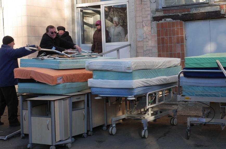Тернопільська обласна лікарня завдяки «МРІЇ» отримала гуманітарний вантаж медичного обладнання (ФОТО) (фото) - фото 4